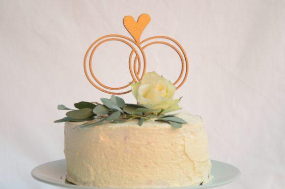 saras_cake_topper_ringe_herz_b